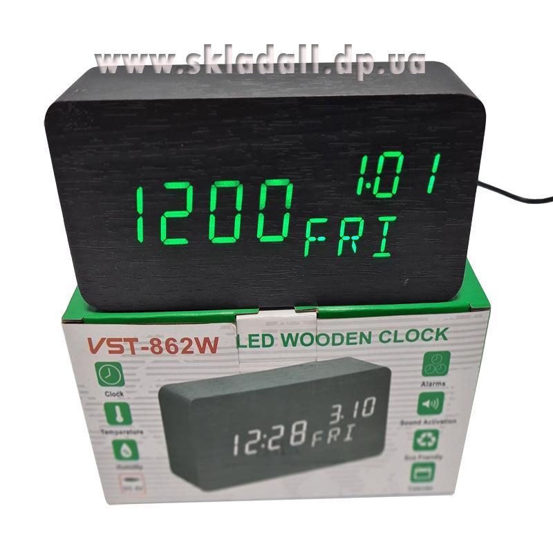 Часы VST-862W-4(с зелен.подсв.+день недели,форма в виде дерев.бруска)
