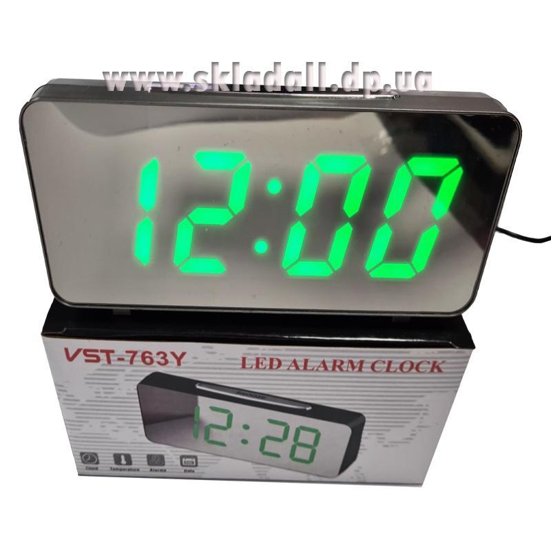 Часы VST-763Y-4(с зеленой подсветкой,с зеркальным дисплеем 7,8